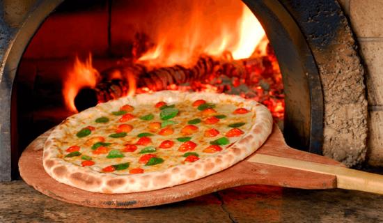 forno-a-lenha-pizzaria-810×420